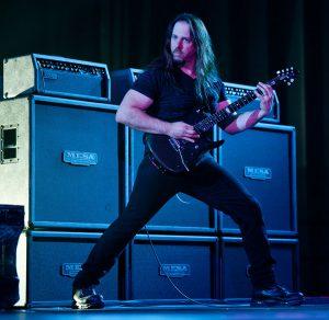 John Petrucci in concerto