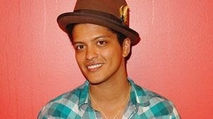 Bruno Mars nel 2010, foto: Larry Marano/Getty