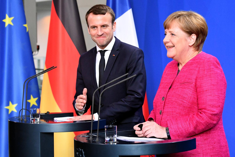 Macron; Merkel