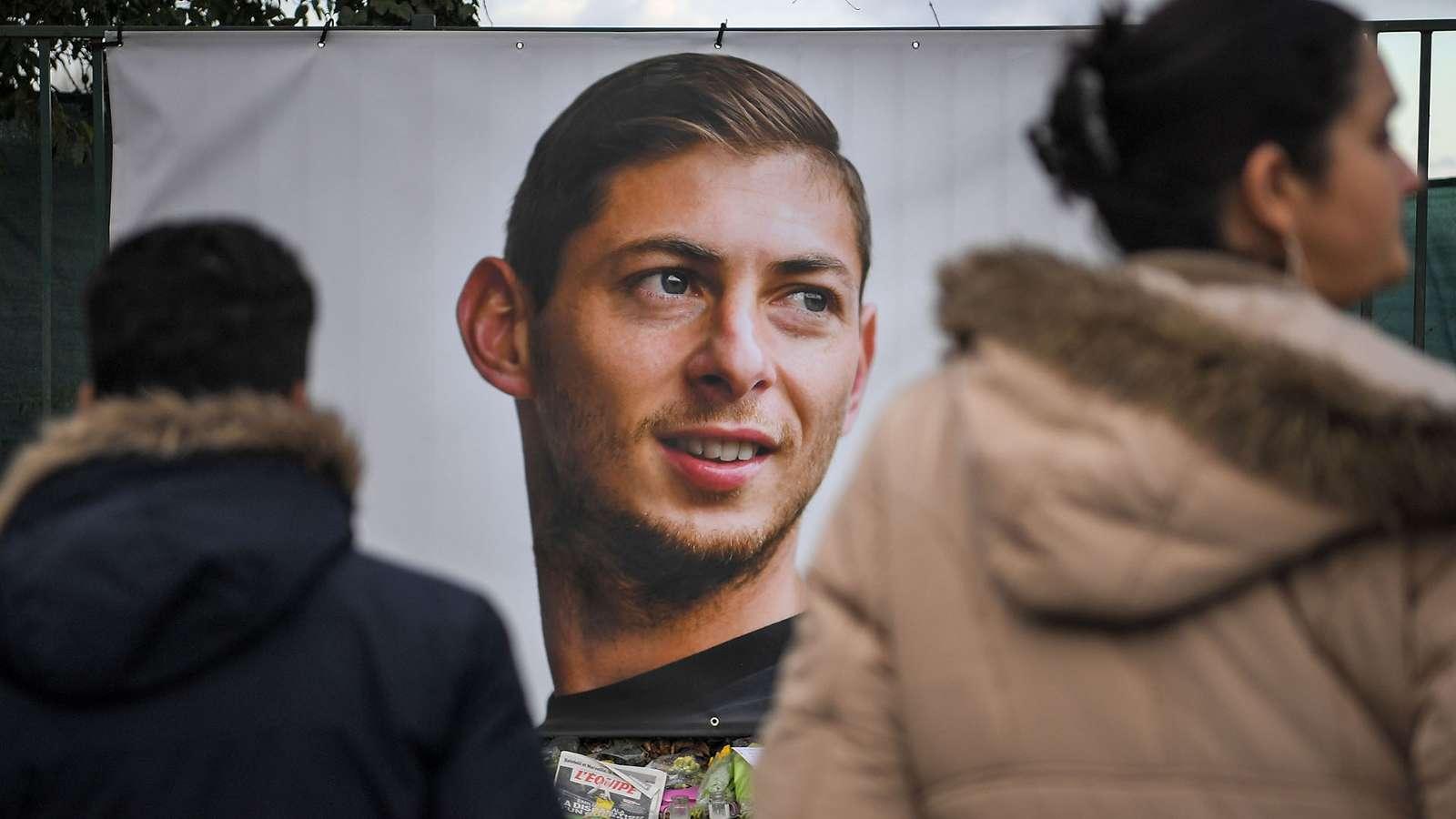 Tanta apprensione per Emiliano Sala da parte dei tifosi del Nantes. Foto: Getty Images.
