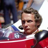 Niki Lauda a bordo della sua Ferrari nel 1975. Foto: Rainer W Schlegelmilch/Getty Images.